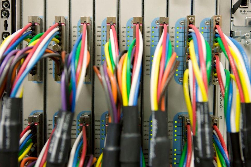 Chez UPC, on aime bien les câbles, la fibre optique... et le fax!