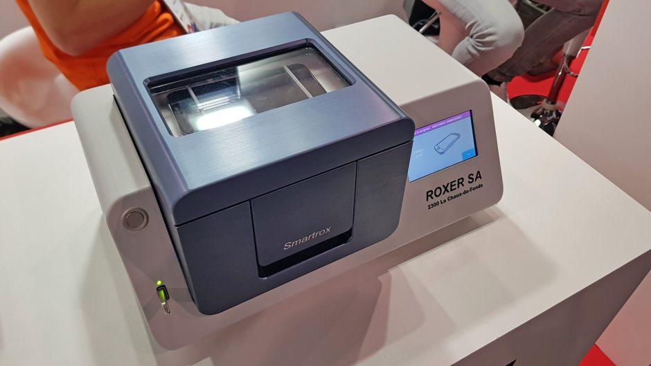 Le Suisse Roxer vient en aide des fabricants de smartphones en quête d'étanchéité.