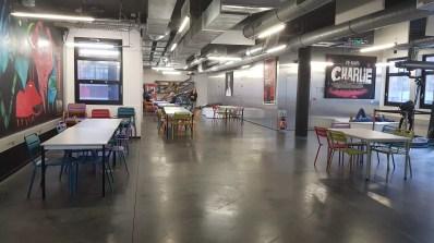 Un espace d'échange à l'Ecole 42 de Paris.