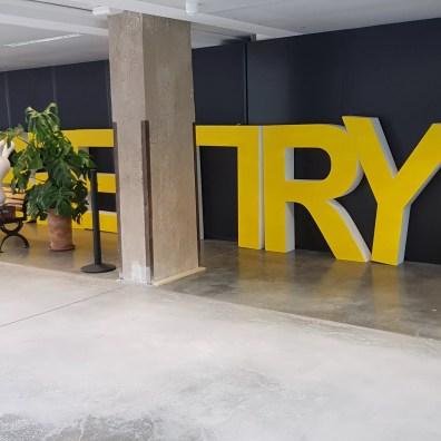 Station F: pour aider les start-up à prendre leur envol.