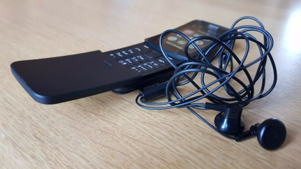 Nokia 8110 4G: le casque avec fiche mini-jack.