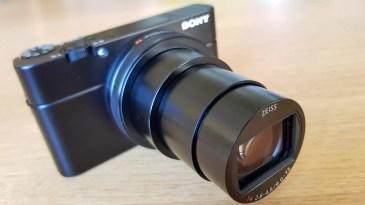 Sony RX100 VI : 24-200 mm, 2.6-4.5