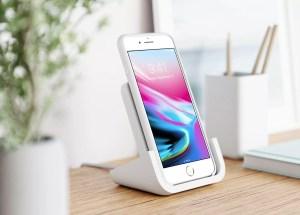 Nouvelle dynamique pour le chargement sans fil de l'iPhone: l'exemple de Logitech