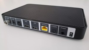 UPC TV Box: la connectique.