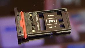 Huawei Mate 20 Pro: la tirette pour la carte nano SIM et mémoire NM Nano.