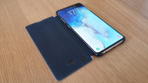 Le Samsung Galaxy S10+ et sa protection Clear View.