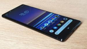 Read more about the article High-tech: test photo et multimédia de l'élégant Sony Xperia 1
