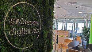 Visite à l'EPFL: Swisscom prépare la vente de ses données mobiles dans son Digital Lab!
