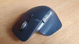 La souris Logi MX Master 3: design et précision.
