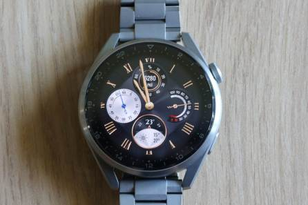 Huawei Watch 3 Pro: beau choix de cadrans.