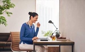 Read more about the article Travail à domicile: Sony lance une enceinte tour de cou Bluetooth