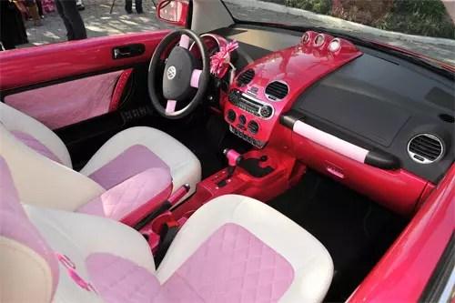 Volkswagen Beetle Barbie Pink