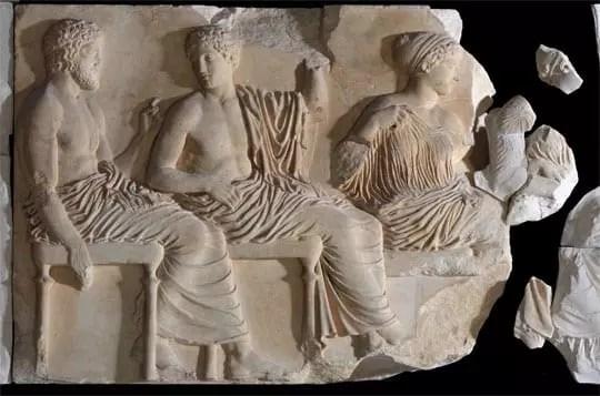 Τμήμα του Λίθου VI της Ανατολικής Ζωφόρου Παρθενώνα. Θεοί Ποσειδώνας, Απόλλωνας, Άρτεμης και Αφροδίτη - Credit Νίκος Δανιηλίδης