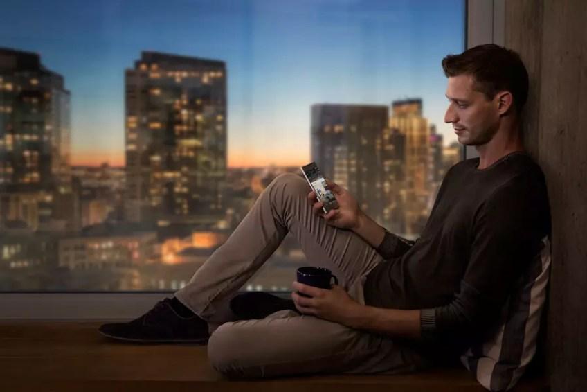 Sony Xperia XZ Platinum hands-on
