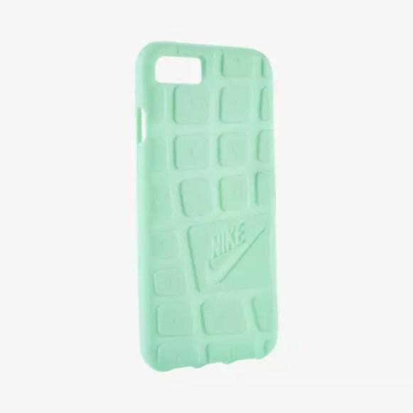 Nike Roshe Apple iPhone 7 case in Green Glow