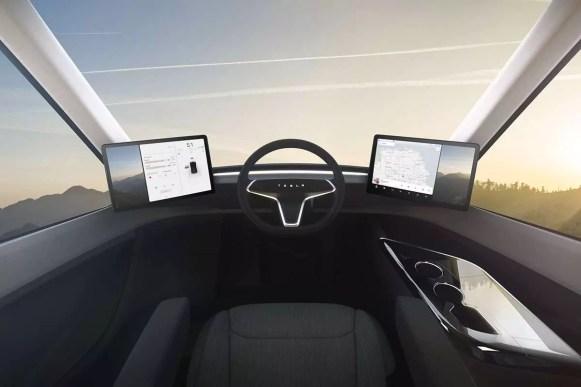 Tesla Semi interior (2)