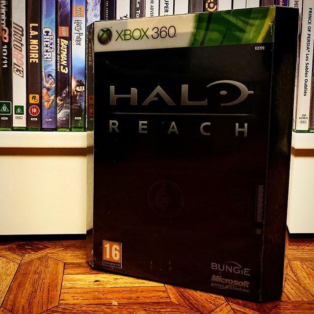 Devinez quel jeu sera dispo demain sur #HaloMCC ? Oups c'est sur la photo 😅 #HaloReach #HaloMCC #XboxOne #XboxOneX #XboxOneS #Xbox360 #Xbox #Microsoft #343industries #Masterchief #117 #Instagamer #Player #XboxMVP #XIP https://t.co/LXUGkRedJd pic.twitter.com/LcYqQAyTfP