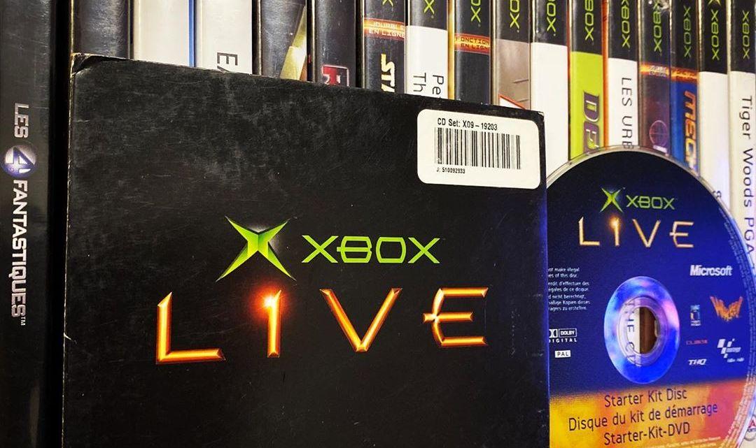 Le #XboxLive en 2002 c'était ce kit avec un #DVD. #Xbox #XboxOriginal #XboxOriginale #Microsoft #MotoGP #Whacked #Playe…