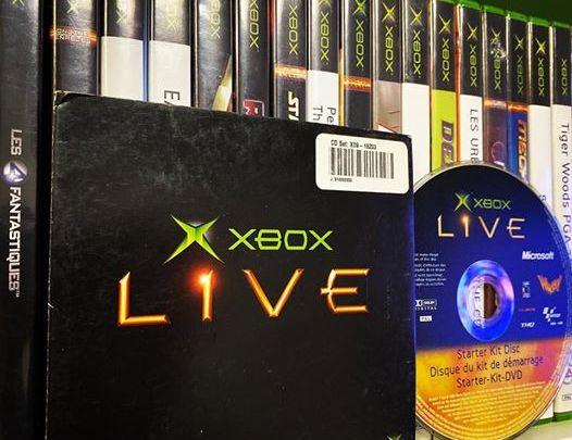 Le #XboxLive en 2002 c'était ce kit avec un #DVD. #Xbox #XboxOriginal #XboxOriginale #Microsoft #MotoGP #Whacked #Player…