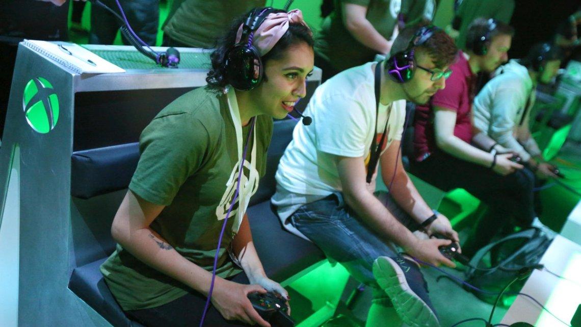 Vous allez jouer à quoi pendant ce week-end sur Xbox One ou PC ? pic.twitter.com/CTaajH7HSd