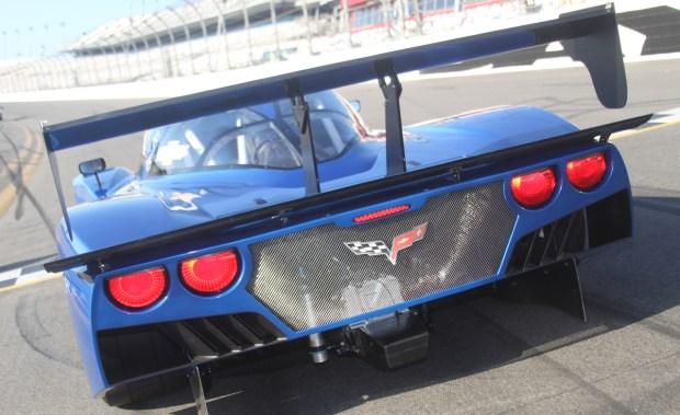 2012-Chevrolet-Corvette-Daytona-Prototype-03