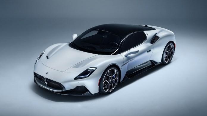 2021-Maserati-MC20-001-1080