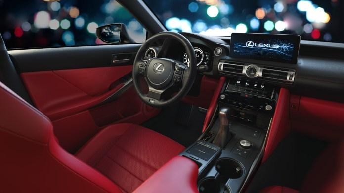 2021-Lexus-IS-006-1080