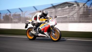 Ride-4-2015-Honda-CBR-1000RR-Fireblade-009