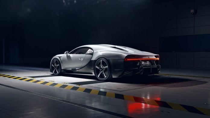 2022-Bugatti-Chiron-Super-Sport-005-1080