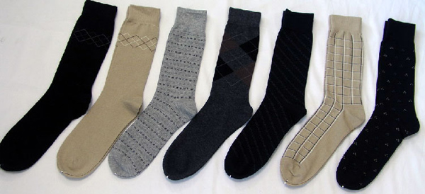 socks you wear should either match the colour of your trousers or shoes