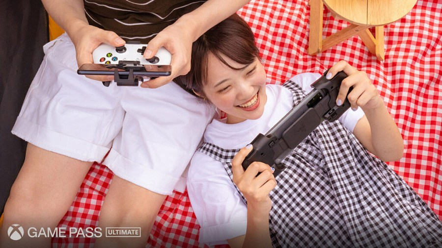 Xbox Cloud gaming on a picnic