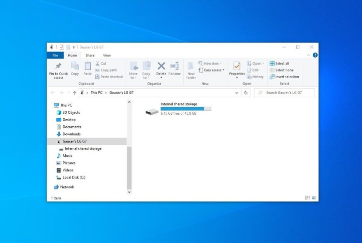 File Explorer showing phone contents on PC