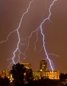 alister-tucson-lightning-233x300 One Week Intensive Workshop. 21st - 27th August, Arizona, USA.
