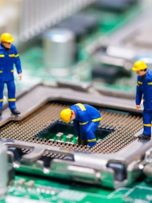 dolls-motherboard-cleaning-pc