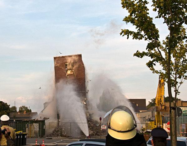 Sprengung Feuerwehrturm