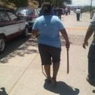 Conato de violencia entre transportistas concesionados e irregulares provocan movilización policíaca