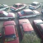 Taxistas exigen pagos por daños a unidades de motor