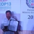 Gana mixteco Premio Nacional al Mérito Ecológico 2016