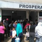Se manifiestan en oficinas regionales de PROSPERA en Huajuapan