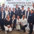 Entrega gobernador equipamiento y ambulancias a clínicas de la región Mixteca