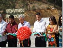 Inauguración del pavimento en yucuná
