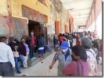Vecinos de Las Animas protestan para exigir desalojo de personas en predio particular