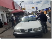Taxistas del FNCI bloquearon estacionamiento en calle Nuyoo