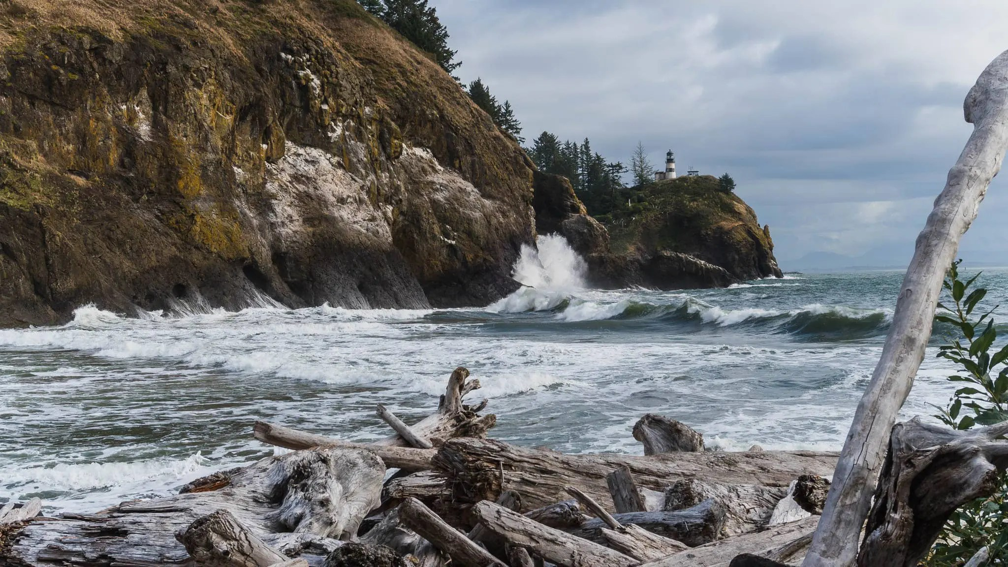cape-disappointment-lighthouse