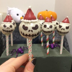 "Gingerbread Rum ""Sandy Claus"" Cake Pops"