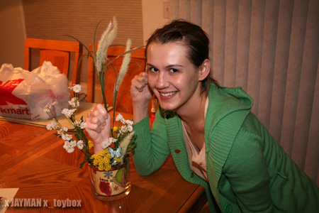 Lisa with Fist Bouquet