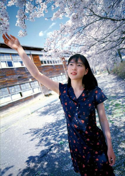 Juri Ueno (2004) Anime Adrift