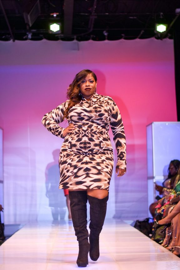 NationalCurvesDayCoEDFashionShow-74