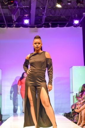 NationalCurvesDayCoEDFashionShow-96