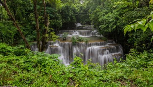 זרימת מים טבע יפה